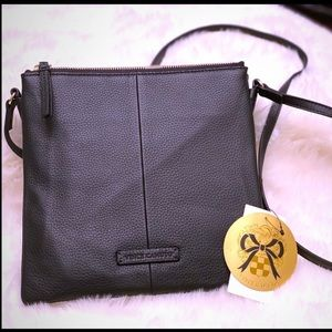 🌸NWT Vince Camuto LG Leather Crossbody MSRP$178🌸